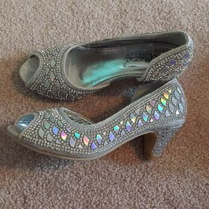 Fancy toddler heels sz 10
